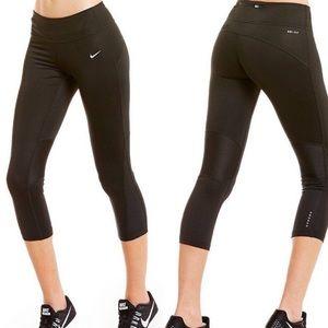 Nike Capri Dri Fit Leggings
